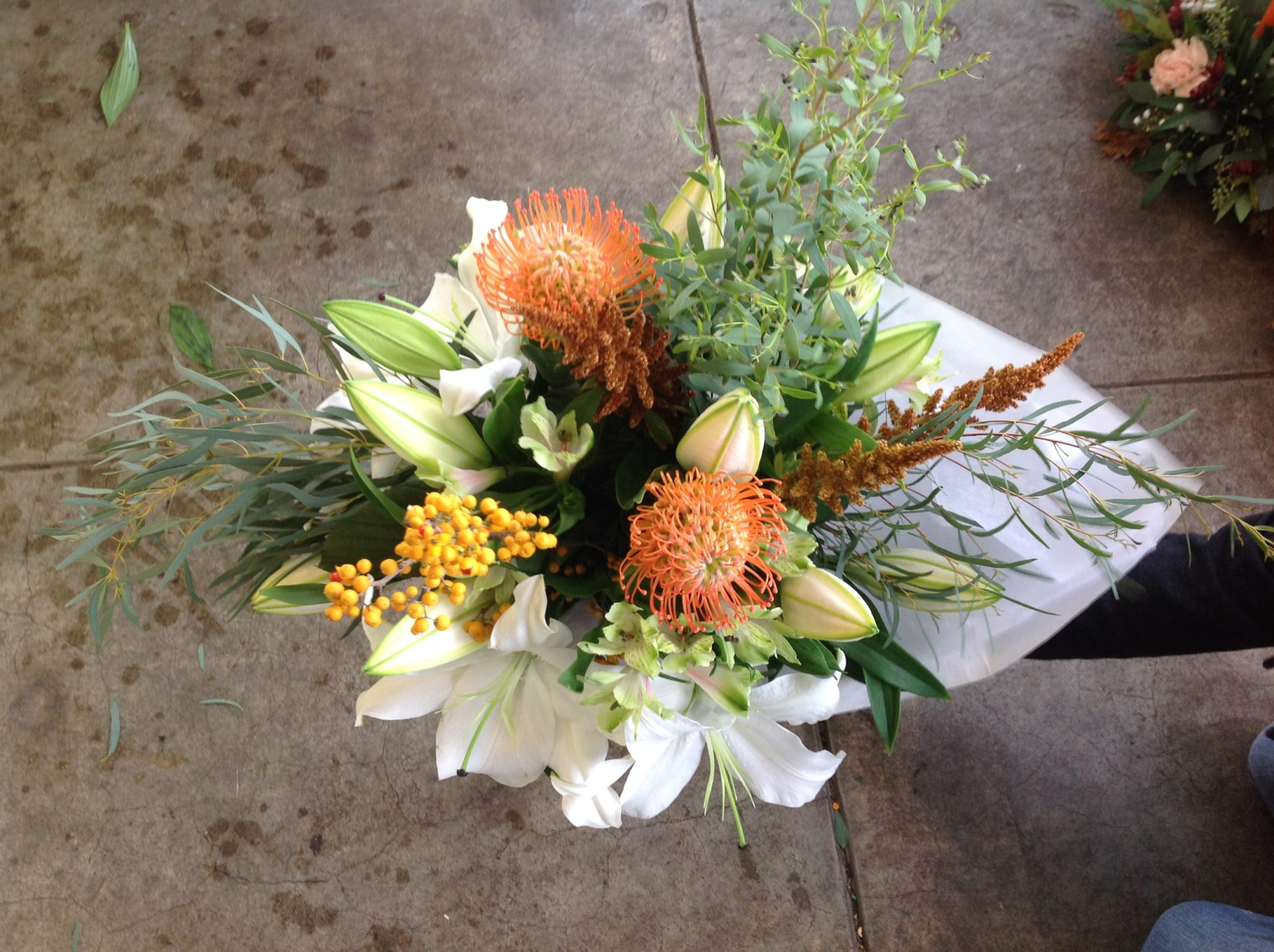 Handtied Lily Bouquet