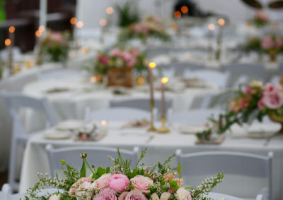 Table Arrangement Photo by Moonstone Photography